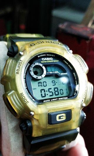 G shock dw9000