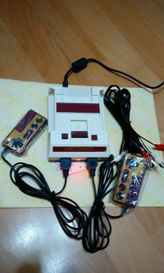 懷舊復古迷你遊戲機(內建400款遊戲)