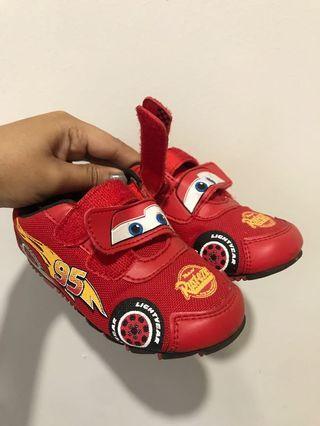 Sepatu Cars