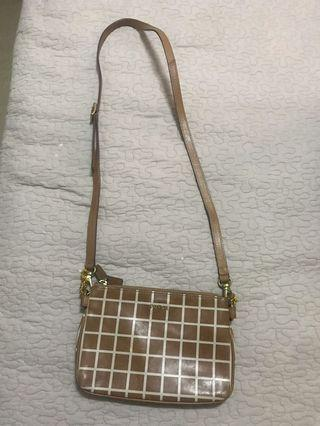 Fossil sling  brown
