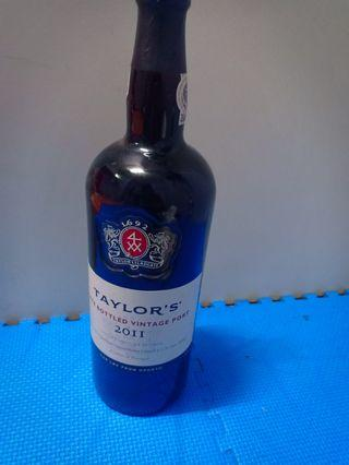 Taylor's' port wine