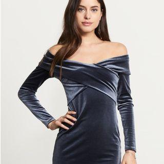 Dynamite Velvet Wrap Dress in Dark Blue, XS