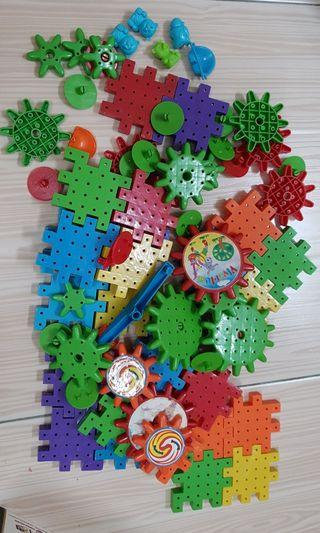 Playing blocks puzzle