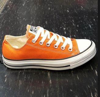Converse橘色