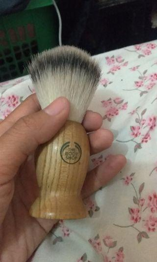 Brush body shop