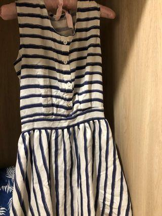 橫條連身洋裝