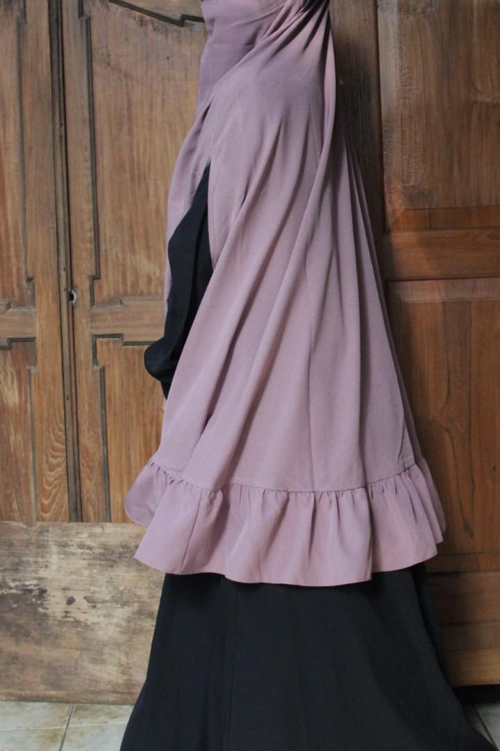 French khimar ruffly