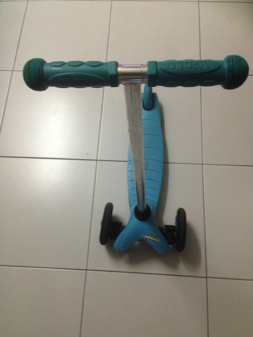 Kids scooty for age 3-4 yrs for sale
