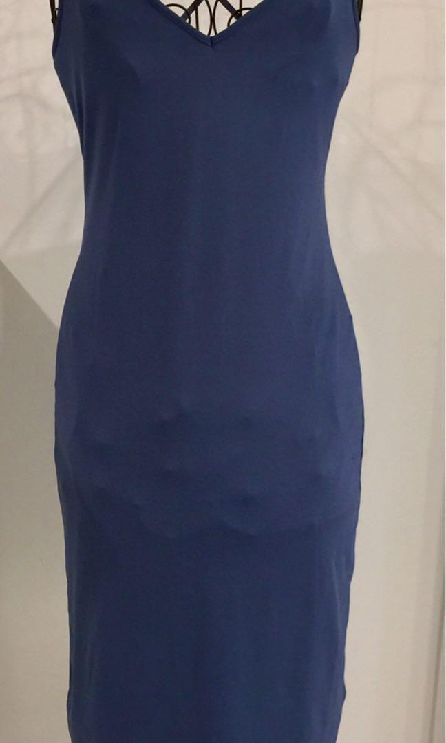 Review dress size 8 blue red lining bodycon