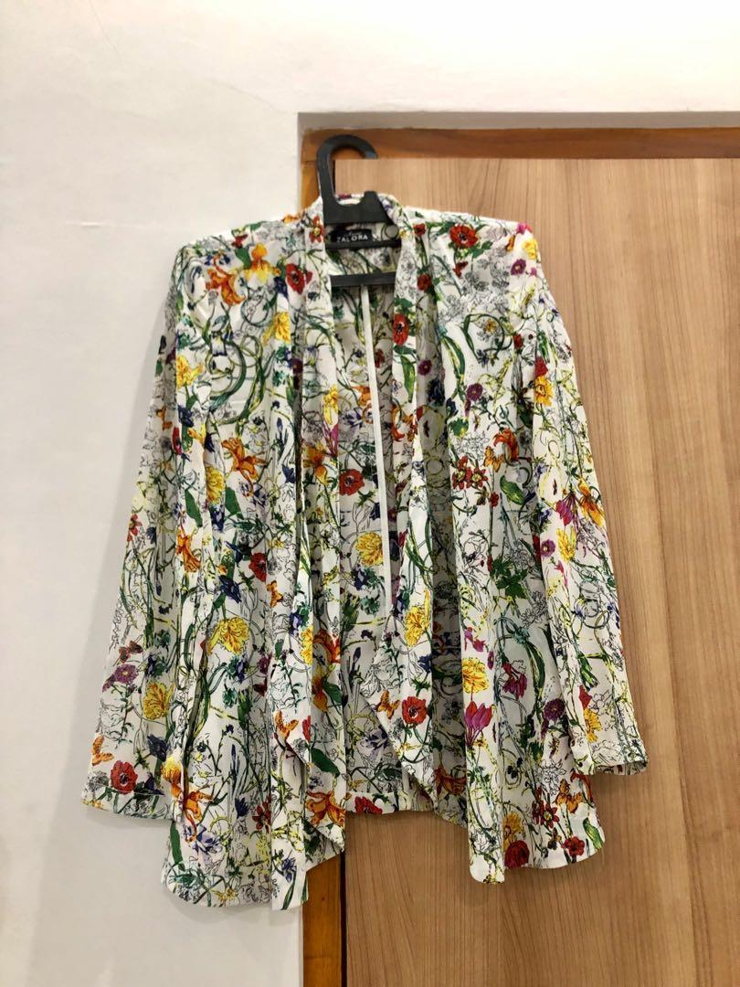 ZALORA Floral Semi Blazer Cardigan