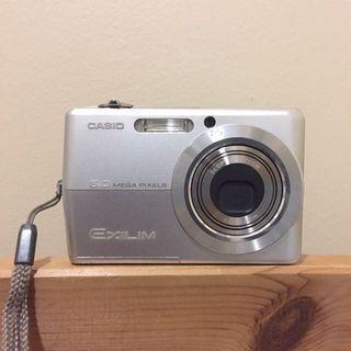Casio EXILIM digital camera EX-Z600