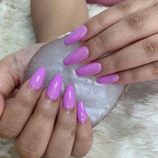 $10 OFF NAIL EXTENSIONS WHEN U BRING A FRIEND