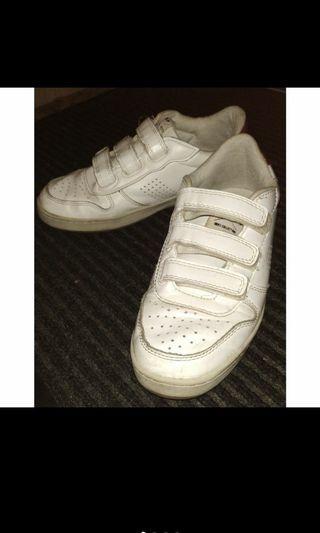 Zara 男童 白布鞋  尺寸37