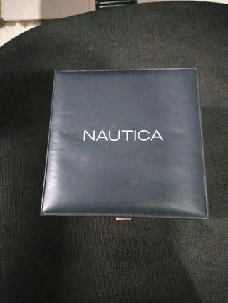 Nautica box original