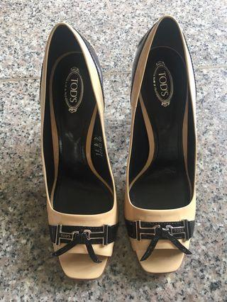 Tods shoes authentic
