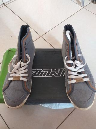 Shoes Tomskin