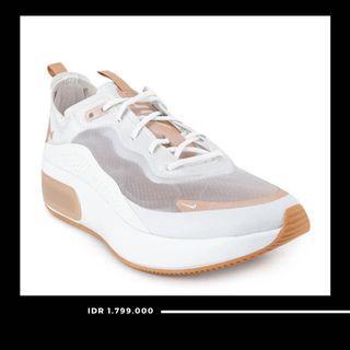 Nike women's Air Max DIA LX