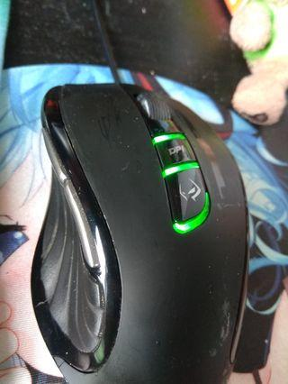 Gigabyte M6900X Laser gaming mouse and weibo s200