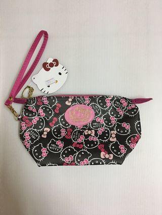 降價 Hello Kitty滿版圖案化妝包
