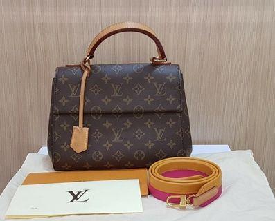Authentic Louis Vuitton LV Clunny BB