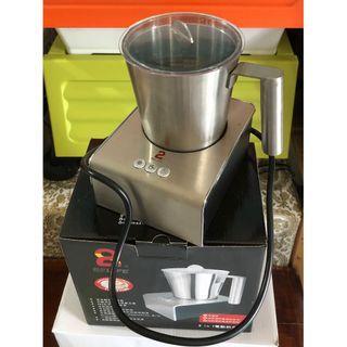 82LiFE 冰溫熱不鏽鋼電動奶泡壺(WJ-8203)