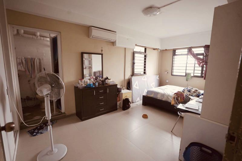 Canberra / sembawang HDB for sale EA