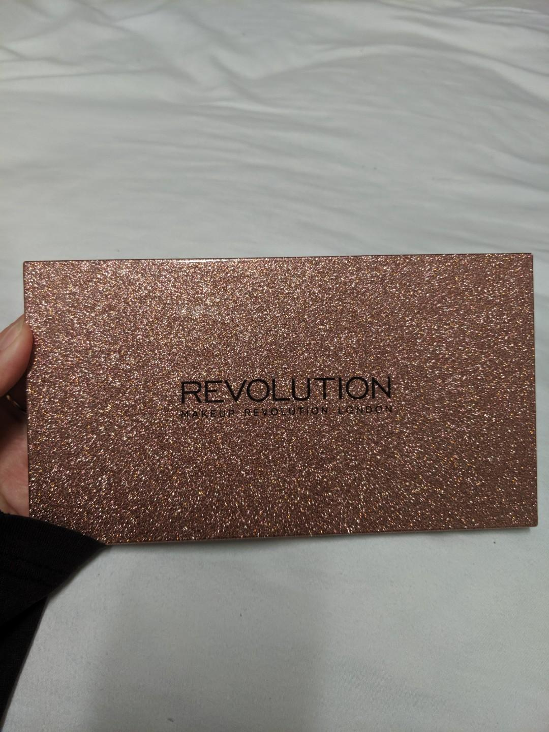 EYESHADOW PALETTES, urban decay, colourpop, revolution, morphe and bh cosmetics