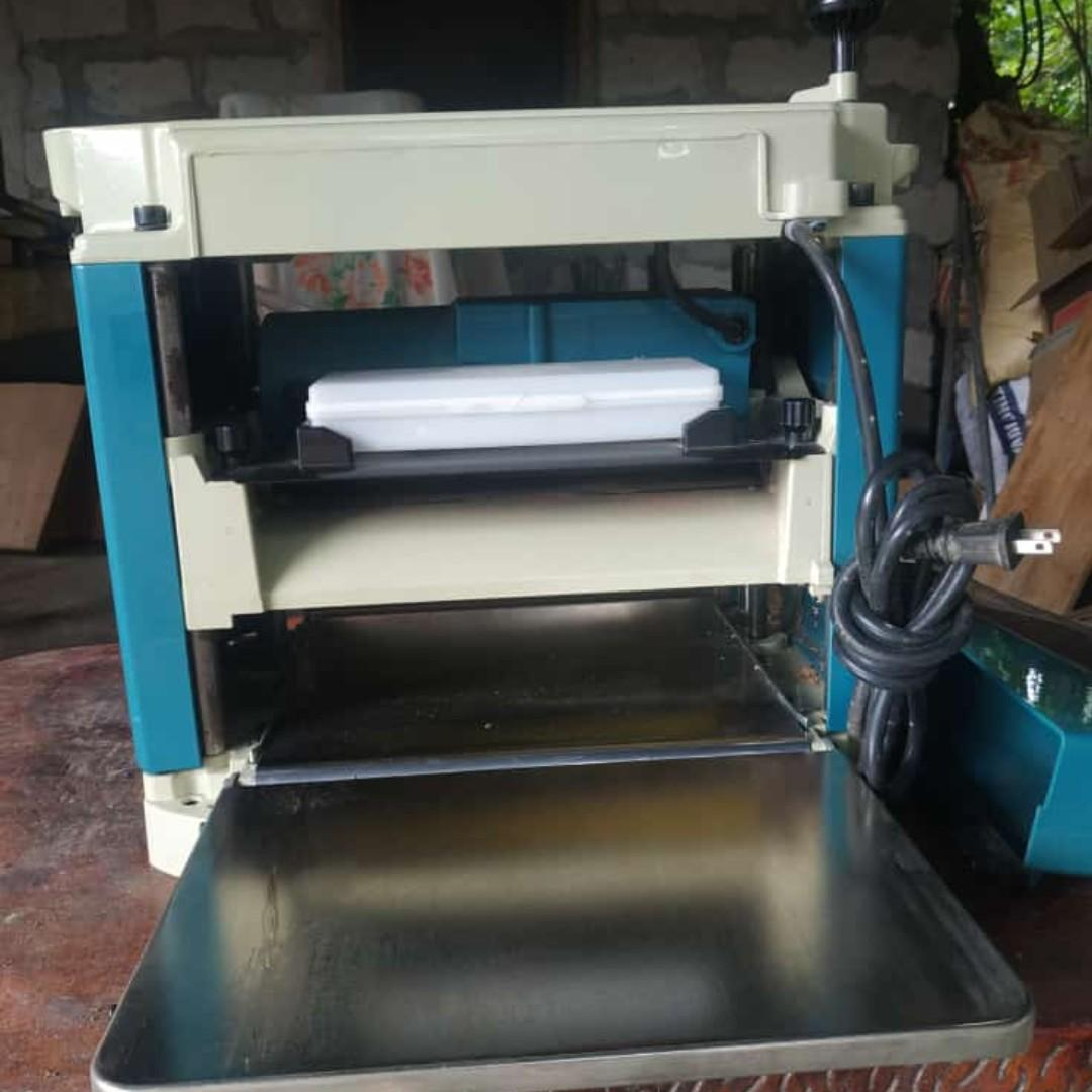 Makita Thickness Planer on Carousell