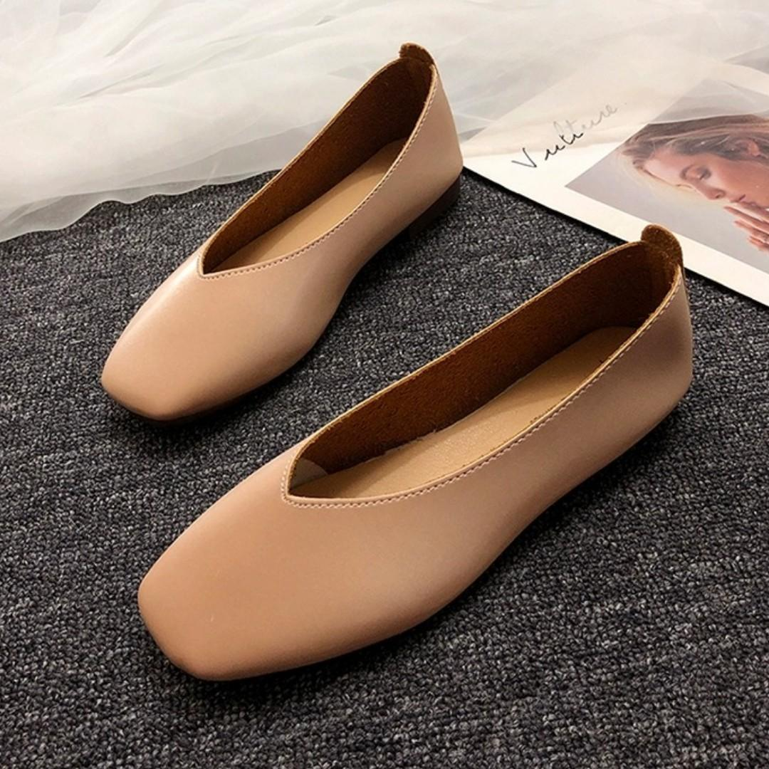 [size 37] basic flats in champagne nude