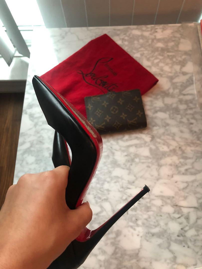 *SO KATE Louboutin* 38 1/2  PRICE DROP- worn twice- Moving Sale