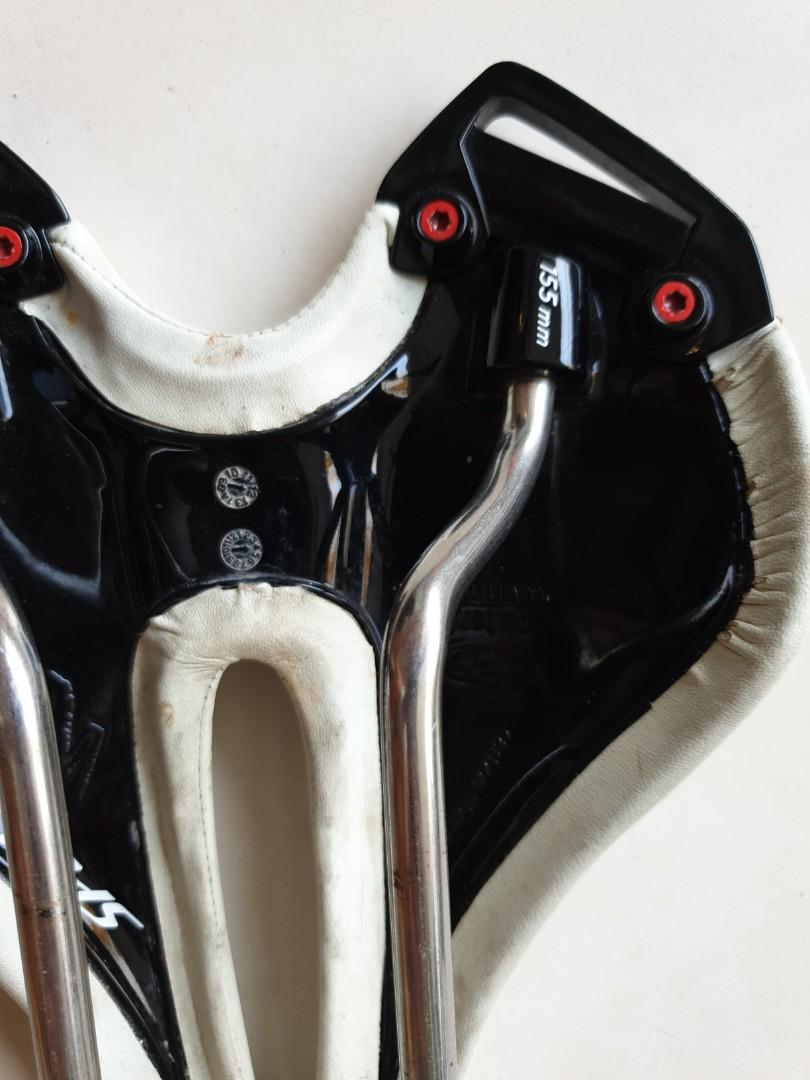 Specialized Toupe Expert saddle (size 155mm)