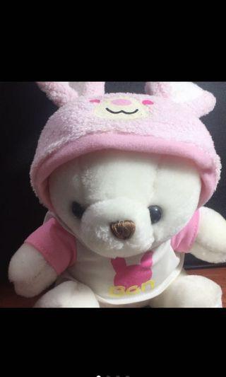 白熊娃娃(著兔耳連帽衣)