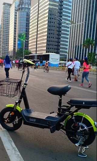 Sepeda listrik merek Jarvis paling murahhh