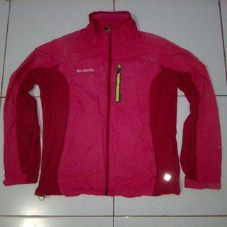 Jaket gunung outdoor columbia original