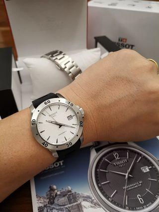 Tissot V8 SWISSMATIC Automatic watch