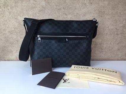 LOUIS VUITTON N41106 MICK MM MESSENGER SHOULDER BAG