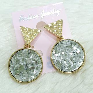 384 - Fashion Earrings