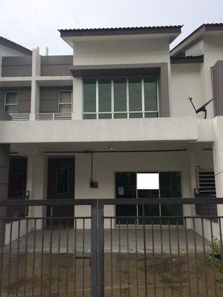 FREEHOLD Double Storey Superlink