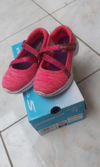 Sepatu Skechers Kids Girl Size 28,5