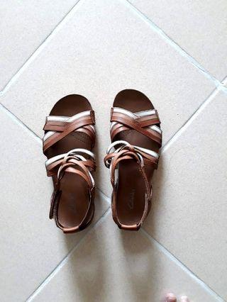 Clark's shoes sandal