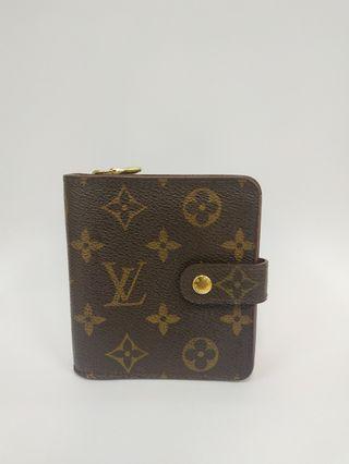 💯 Authentic Louis Vuitton Monogram Compact Zip Bifold Wallet.