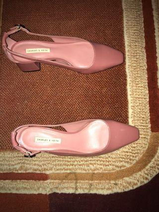 Turun harga ! Charles and keith shoes / pump heels shoes / pink shoes / nude shoes