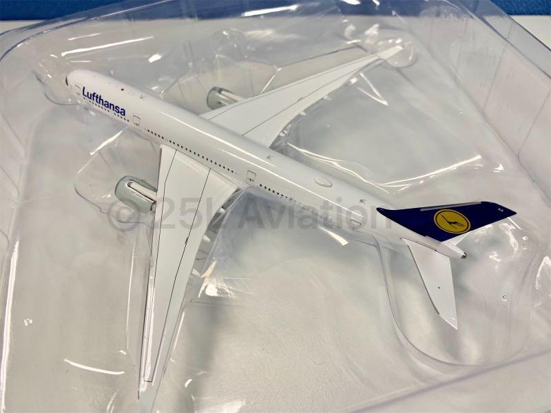 [ Aviation 400 ]   漢莎航空 Lufthansa A350-900 D-AIXA with Stand & Tug