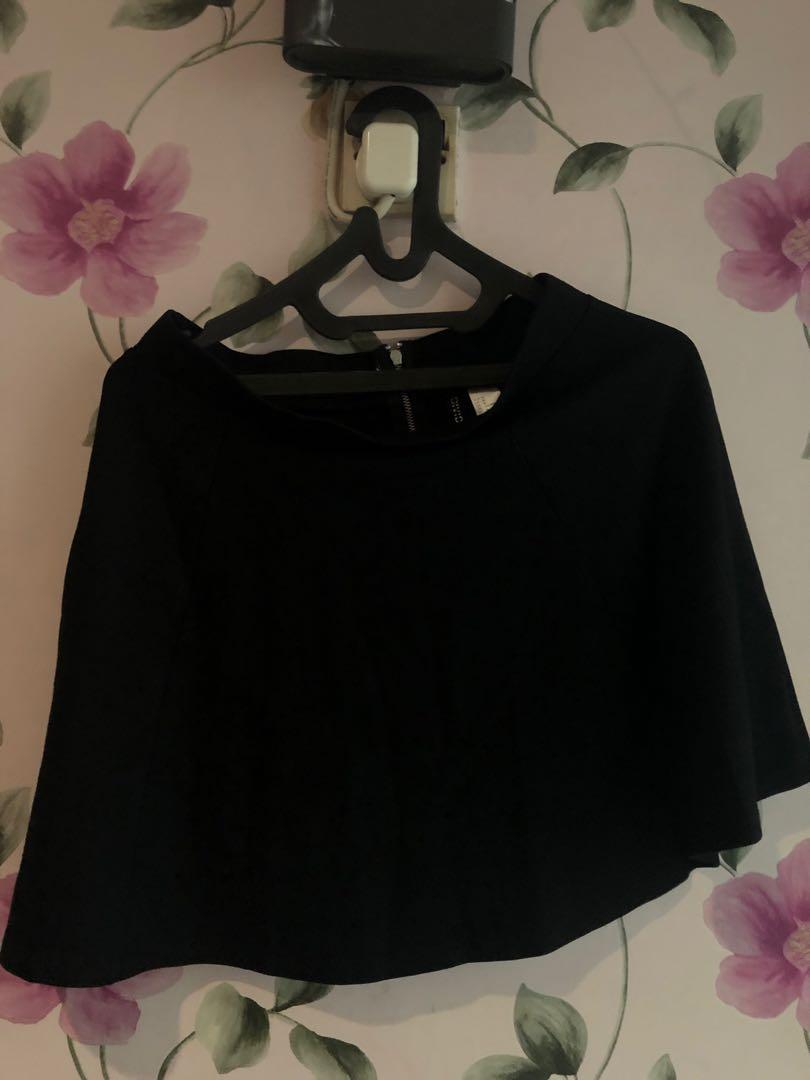 H&M basic black skirt