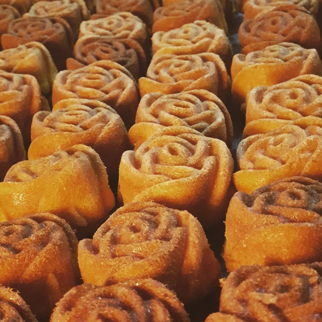 Mini Rosette Sugee Cakes - Original