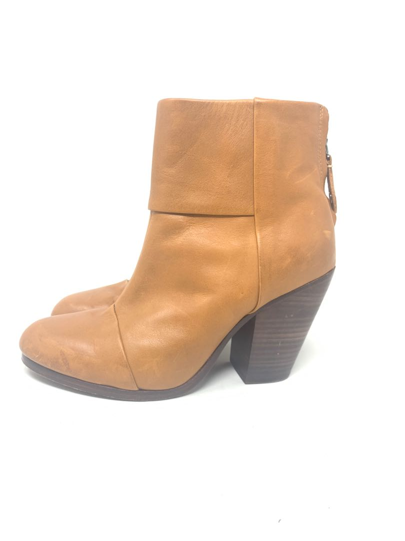 Bone Leather tan nude ankle boots size