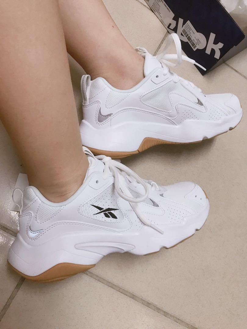 Subtropicale Maledetto Insostituibile  Reebok royal turbo 焦糖底老爹鞋, 她的時尚, 鞋子在旋轉拍賣
