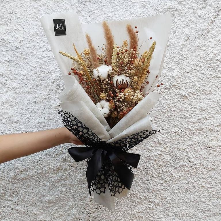 Download 6500 Koleksi Gambar Hand Buket Bunga Gratis