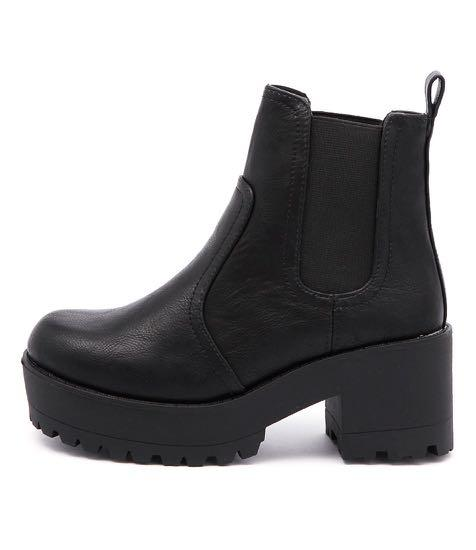 Winter black chunky platform boots women size 9