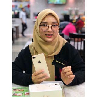 Sold iphone 8 plus gold
